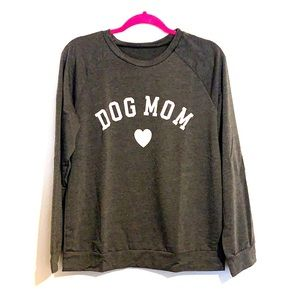 DOG MOM - long sleeved top size US 8/10